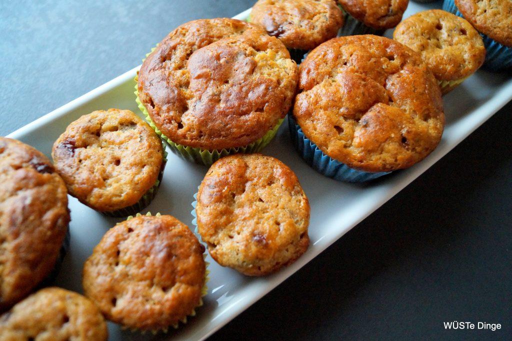 Bananenbrotmuffinkuchen - eine Reihe Muffins