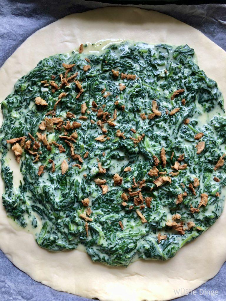 Spinat-Tarte zusammensetzen